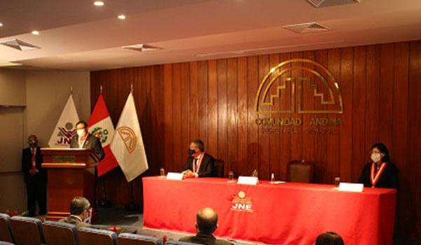 Salas Arenas: «Nuestra labor está ajustada a derecho y obramos con imparcialidad y transparencia»